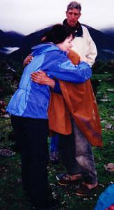 Linda Deir and Bolivian Shaman, Papa Pablo hugging